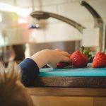 Kesalahan Berkaitan Dengan Puasa (6) Tidak menyemangati anak-anak kecil untuk berpuasa